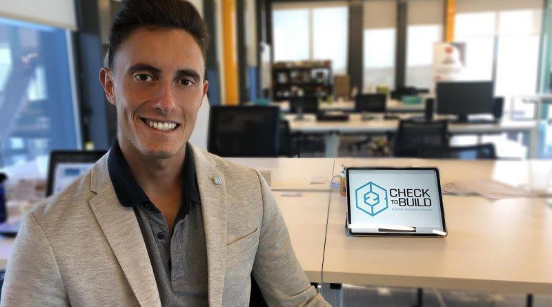 Alejandro Ruiz es SEO de Checktobuild